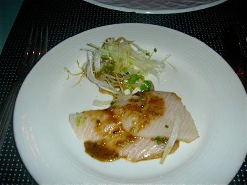 chinois-sasimi-plated