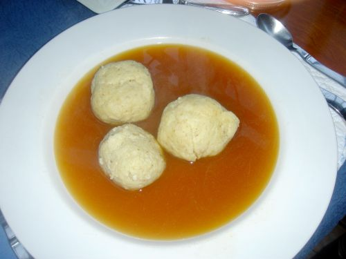 matzoh-ball-soup1