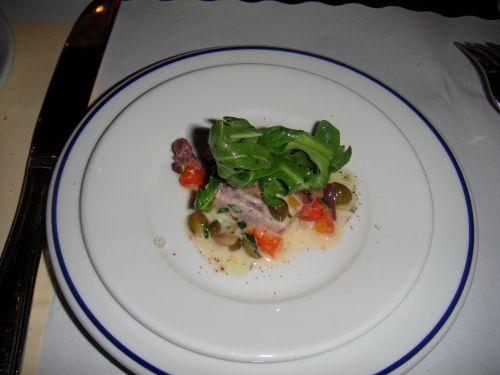 tuna-full-size