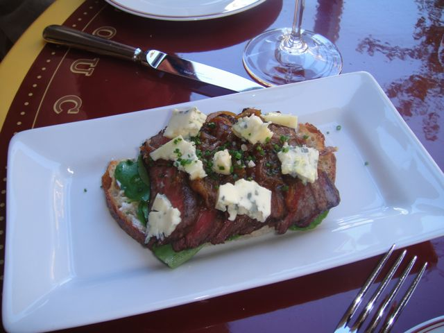 New York Steak and Blue Cheese Tartine with Caramelized Onions