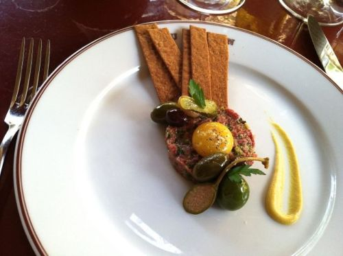 B- steak tartare