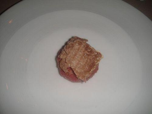 Vin beef tartare